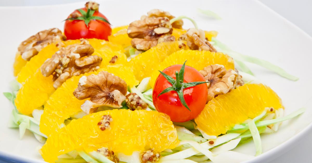 Ensalada de col con naranja a la mostaza antigua